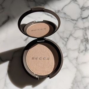 BECCA Shimmering Skin Perfector Pressed Compact